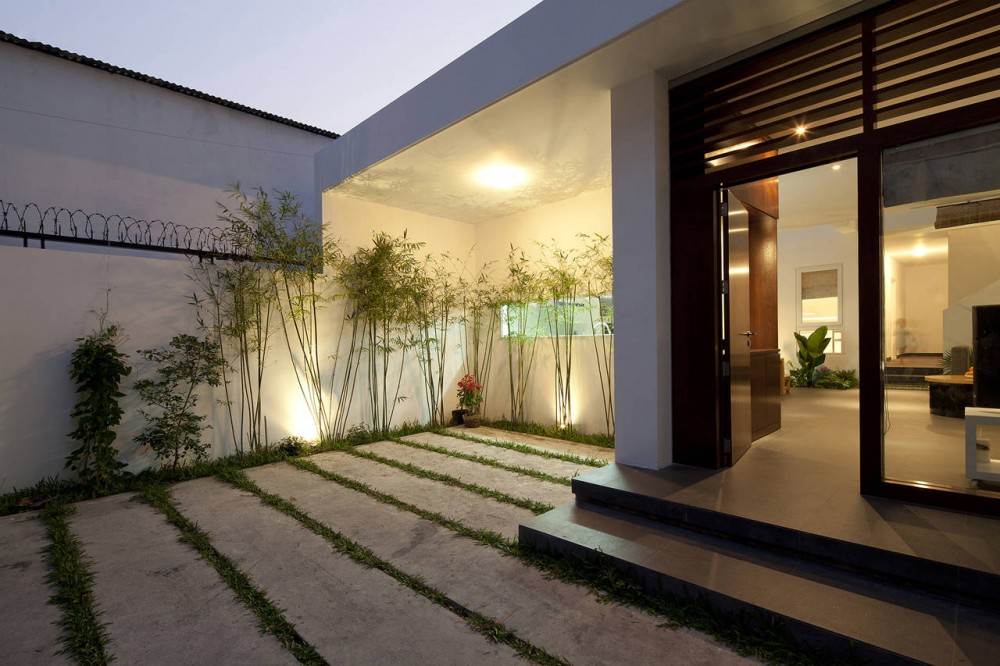 A Fresh Home With Open Living Area Amp Internal Courtyard