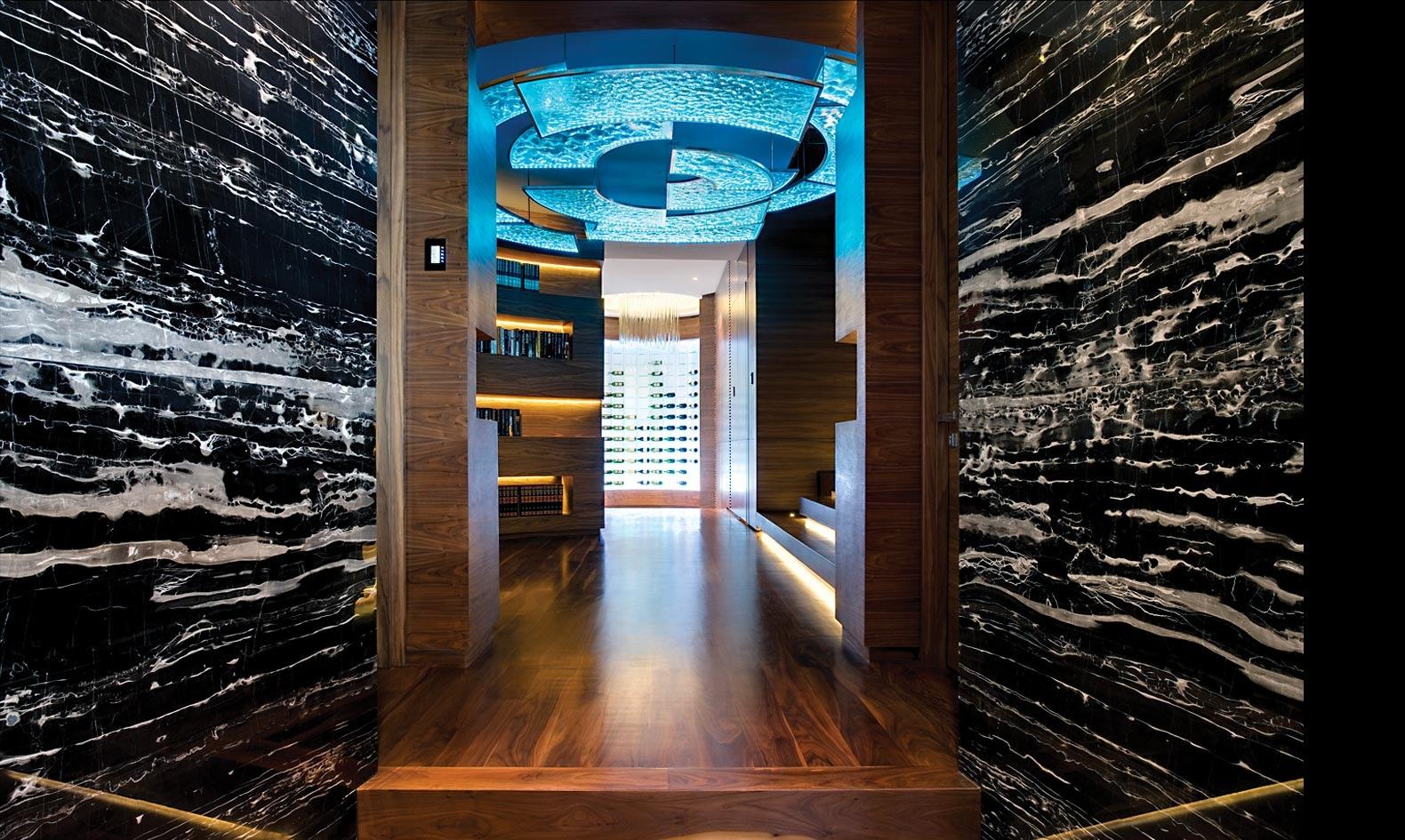 Home Hallway Design Ideas: Nettleton 198 House By SAOTA
