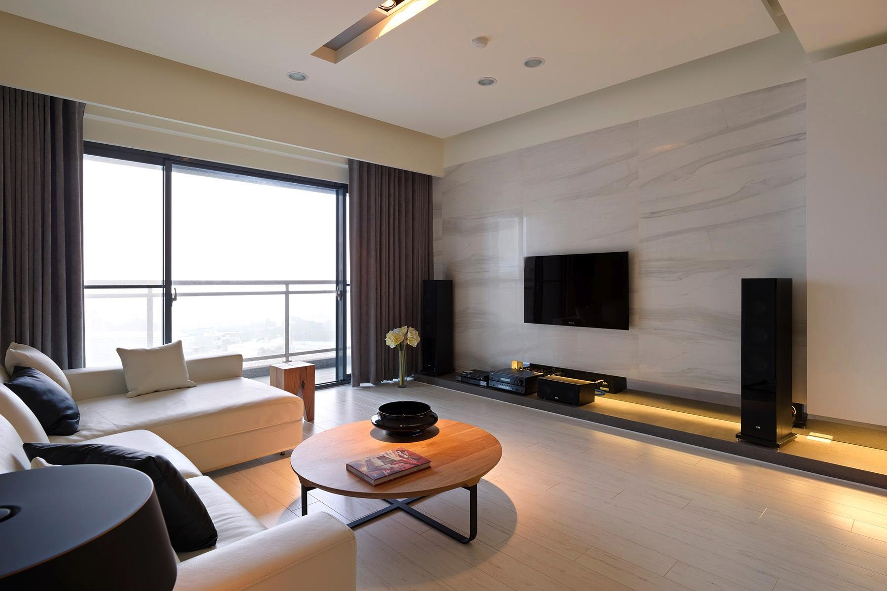 entertainment wall interior design ideas. Black Bedroom Furniture Sets. Home Design Ideas