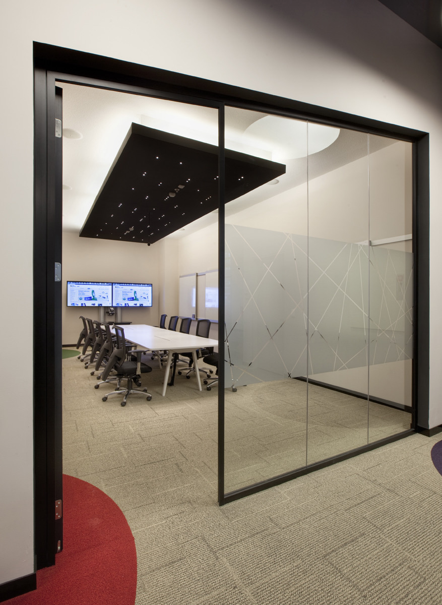 Conference Room Lighting Design: EBay Turkey Offices
