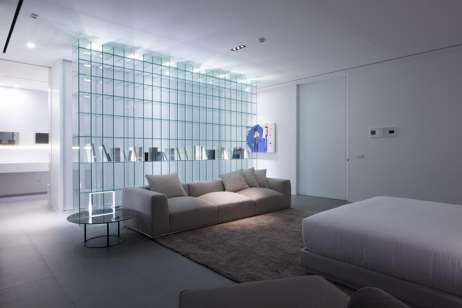 Glass shelving interior design ideas - Interior glass wall designs for houses ...