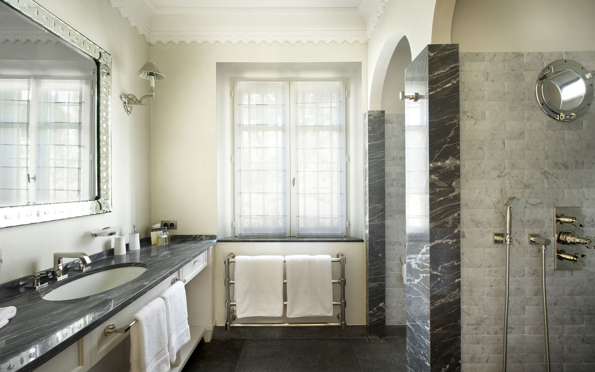 Cool Marble Bathroom Interior Design Ideas