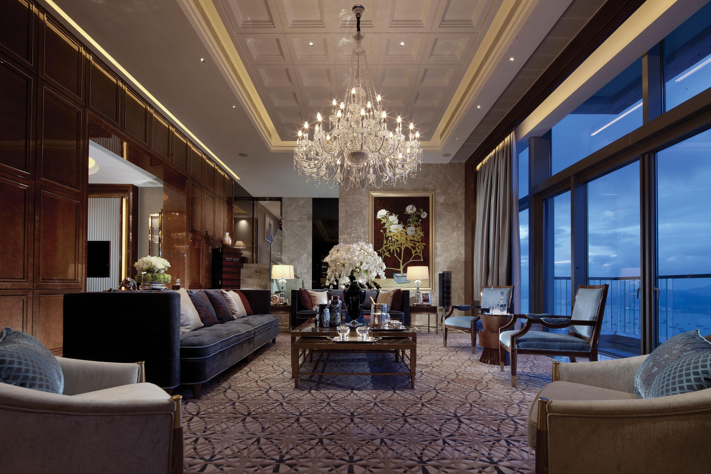 High gloss high contrast high drama interiors - Design my living room ...