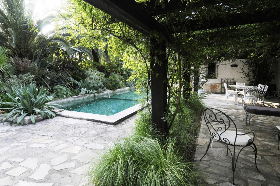 Pergola Pool View With Shrubbery Interior Design Ideas