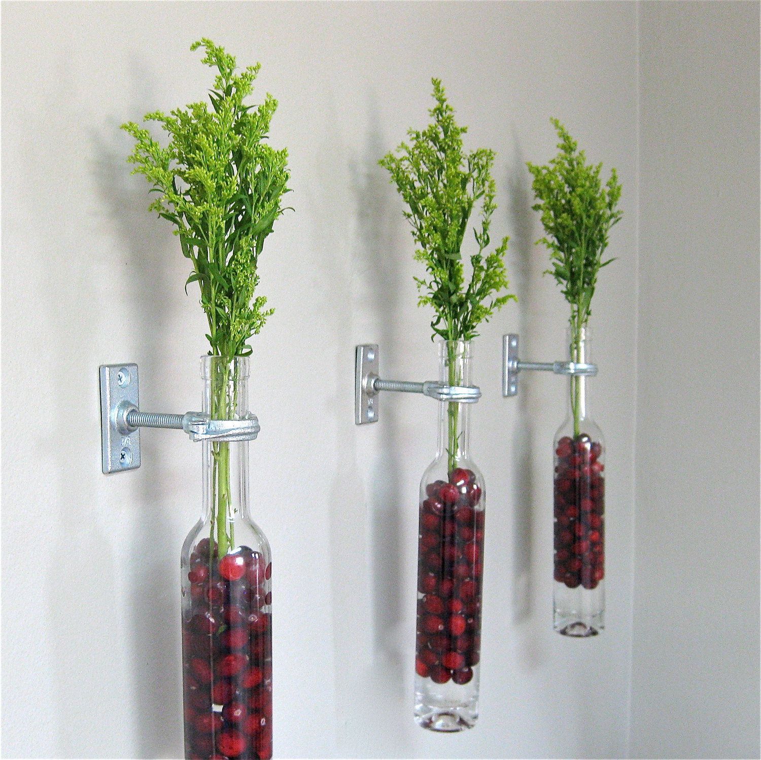 Flower Arrangements In Wine Bottles: Floral Arrangments You Could Try This Spring