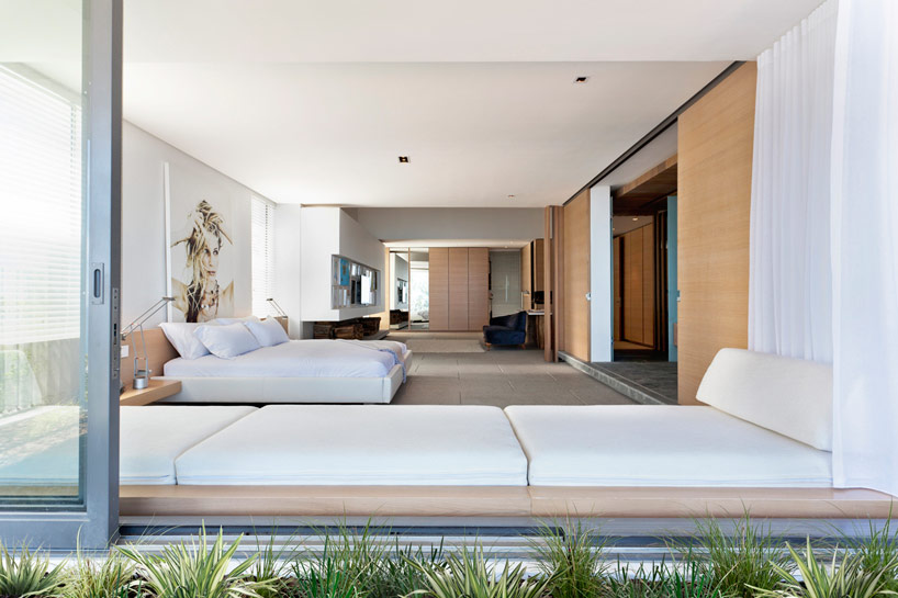 modern coastal house bedroom 2 | Interior Design Ideas.