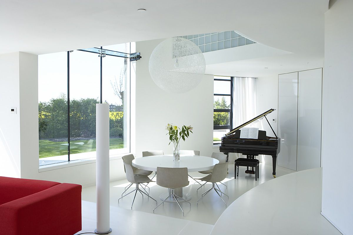Contemporary tower house - What is a contemporary home ...