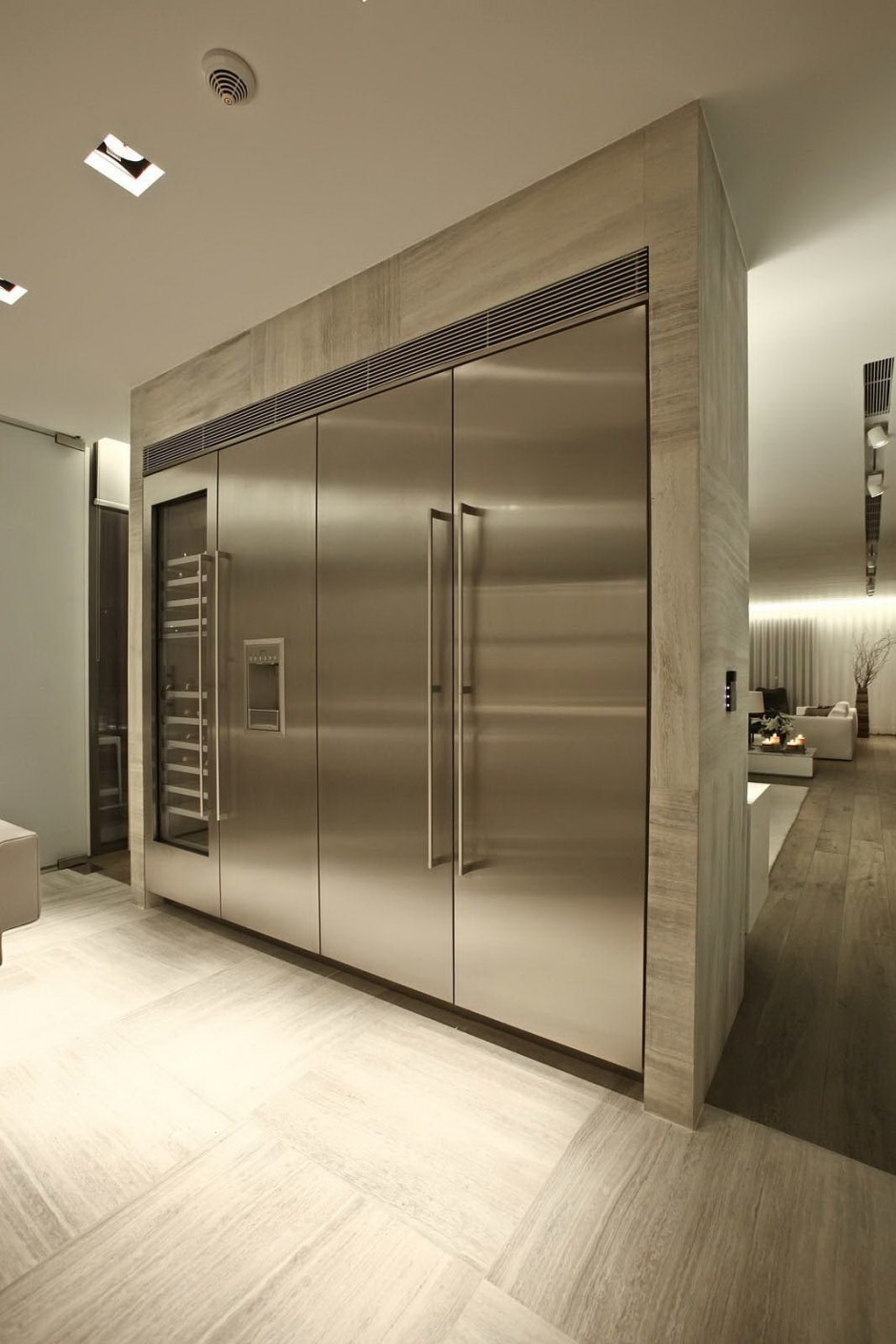 Large Stainless Steel Appliances Interior Design Ideas