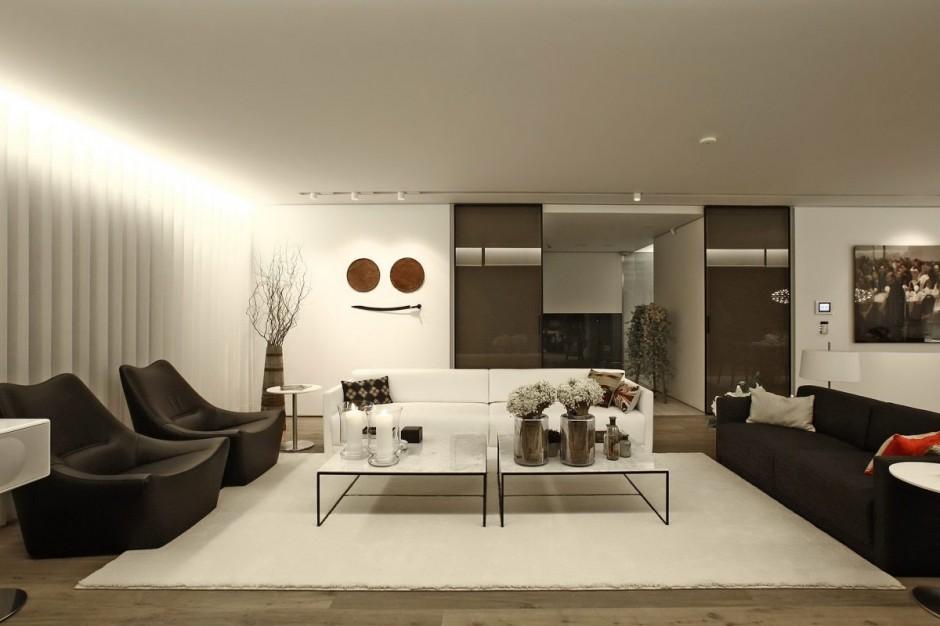 Bold Cosmopolitan House In Instanbul
