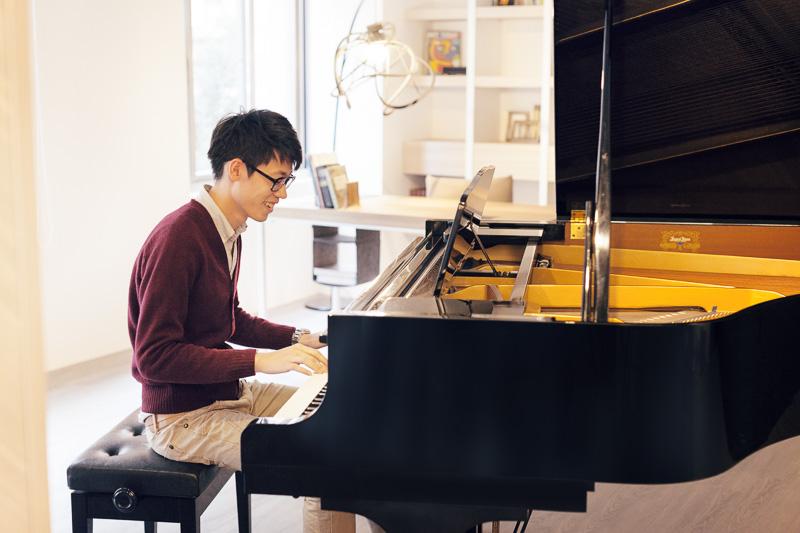 Piano Small E