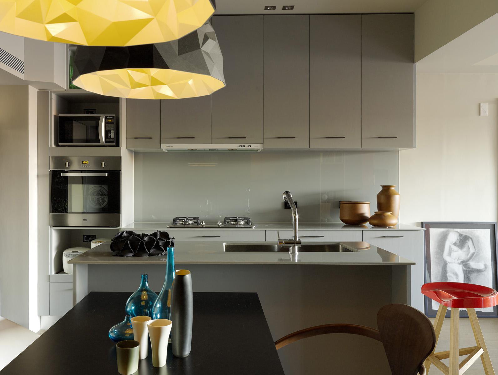 3 Minimalist Kitchen Interior Design Ideas