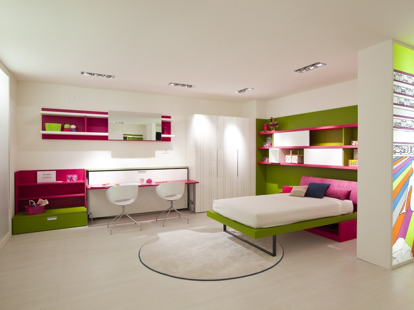 Swell Pink And Green Bedroom Interior Design Ideas Home Interior And Landscaping Ologienasavecom