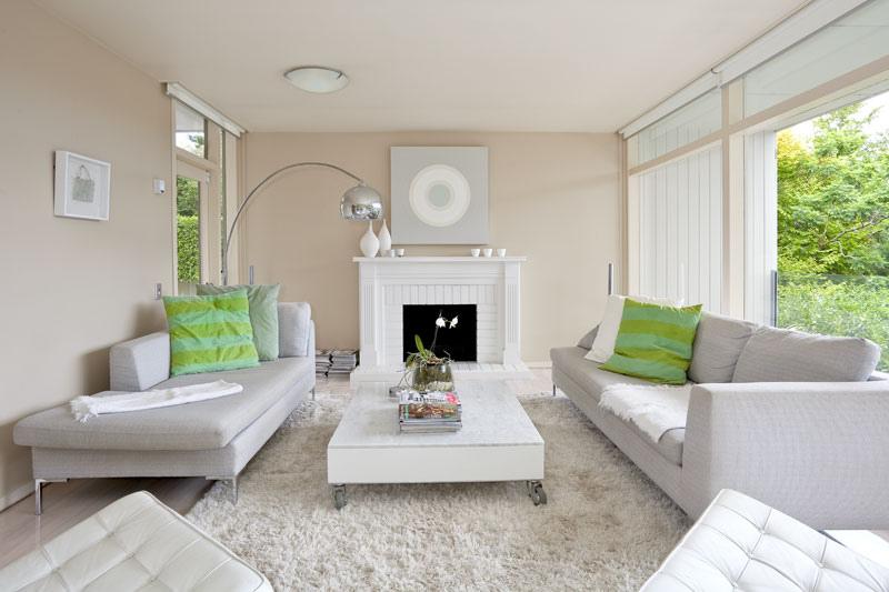 Modern Chaise Lounge Interior Design