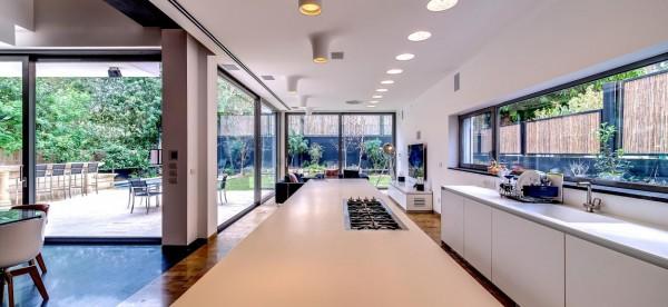 couture house in tel aviv. Black Bedroom Furniture Sets. Home Design Ideas