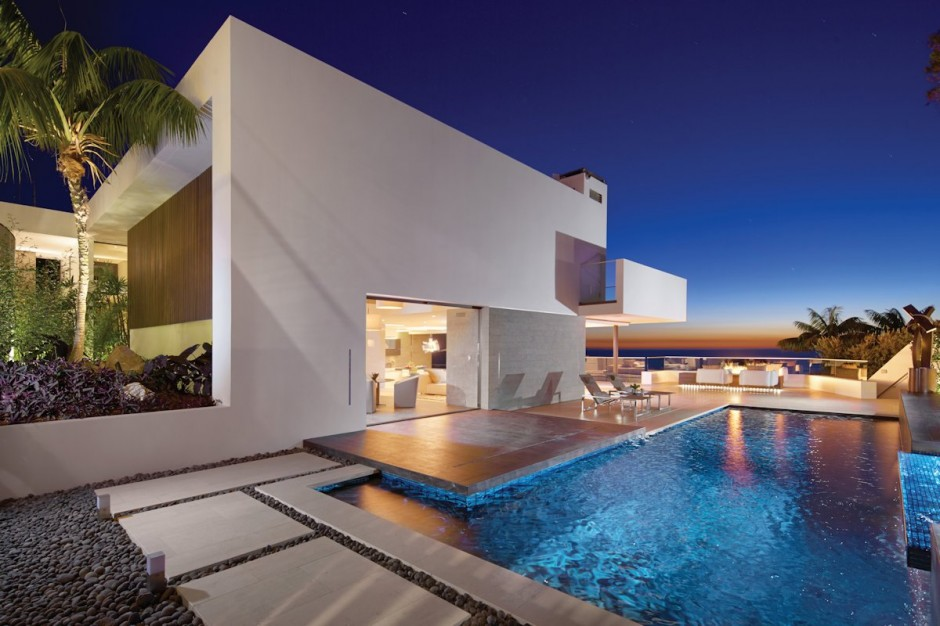 Oceanfront House With Pool California
