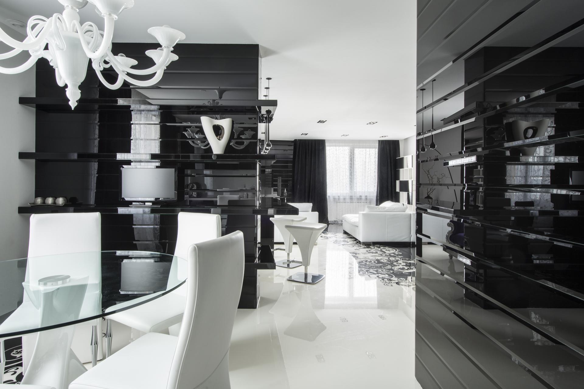 Black And White Graphic Decor