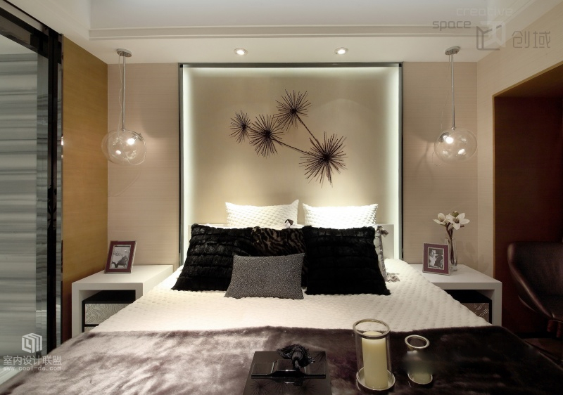 Illuminated Headboard Interior Design Ideas
