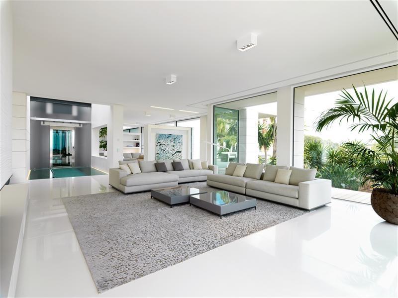 White Modern Living Room Interior Design Ideas