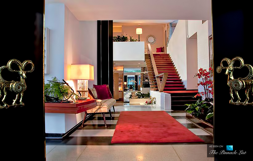 Luxurious Hallway Interior Design Ideas