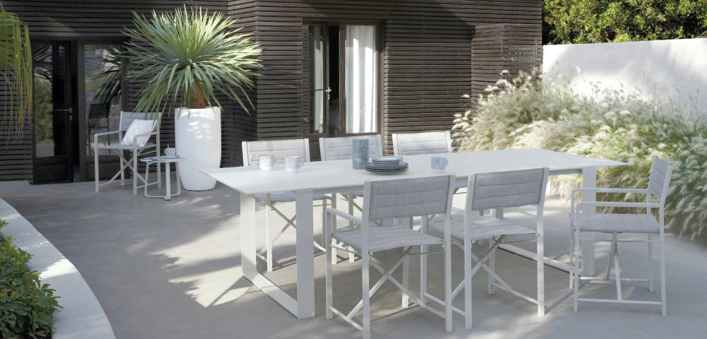 White Outdoor Dining Set Interior Design Ideas