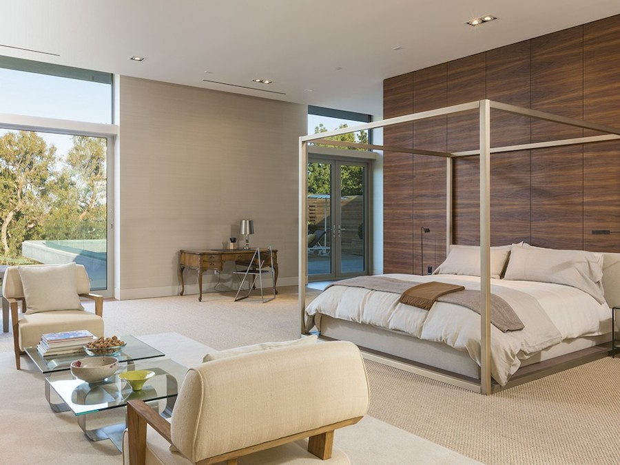 Modern Four Poster Bed Interior Design Ideas