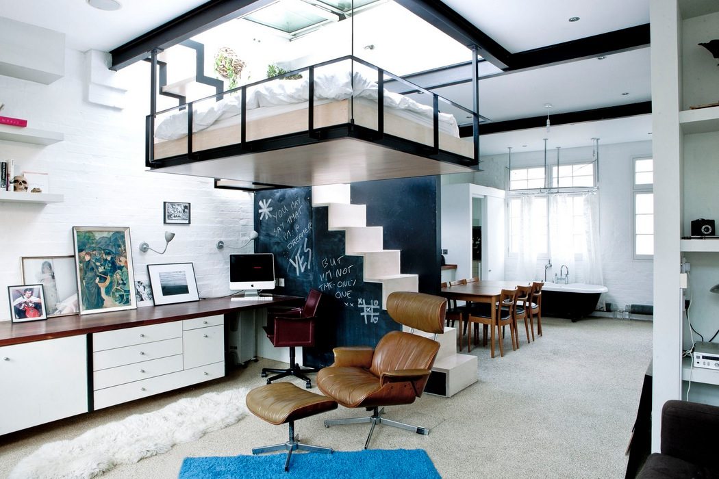 9 Ceiling suspended bed