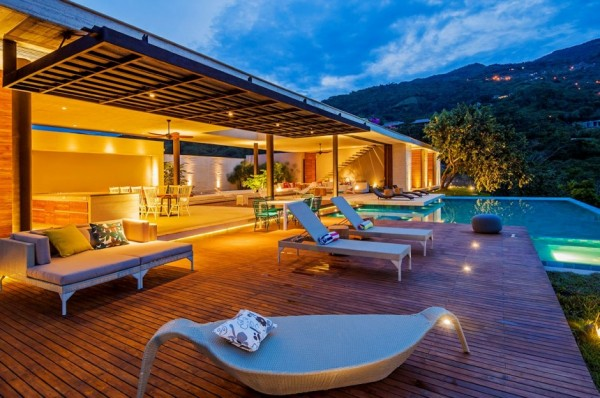 Designeer Paul Country House In Colombia