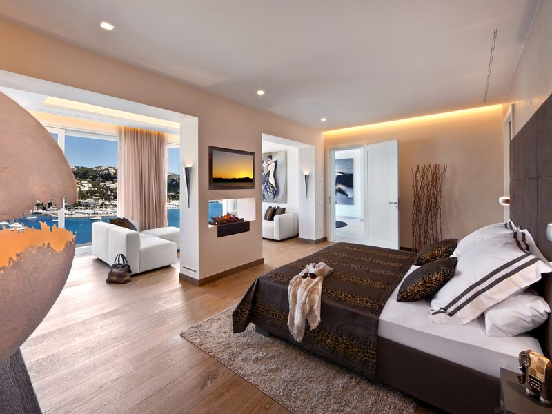Simple Master Bedroom With Balcony