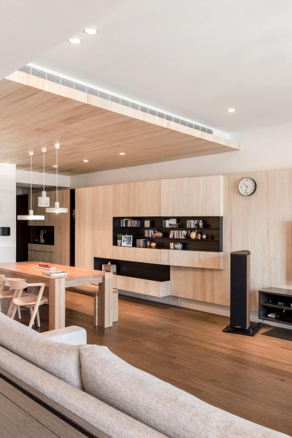 A modern apartment celebrates the look of natural wood for Case da sogno interni moderni