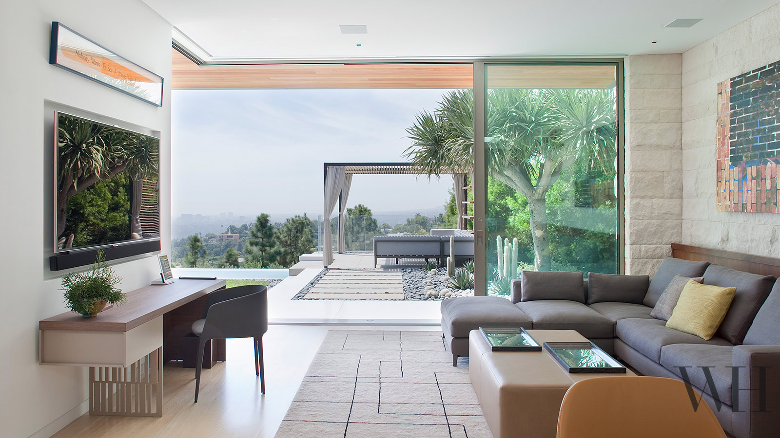 Hillside California Home with Gorgeous Outdoor Spaces on Interior:ybeqvfpgwcq= Modern House  id=97237