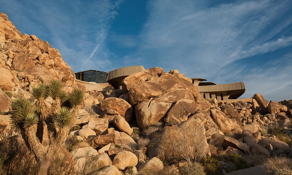 Stunning Desert Abode Fit For A James Bond Villain