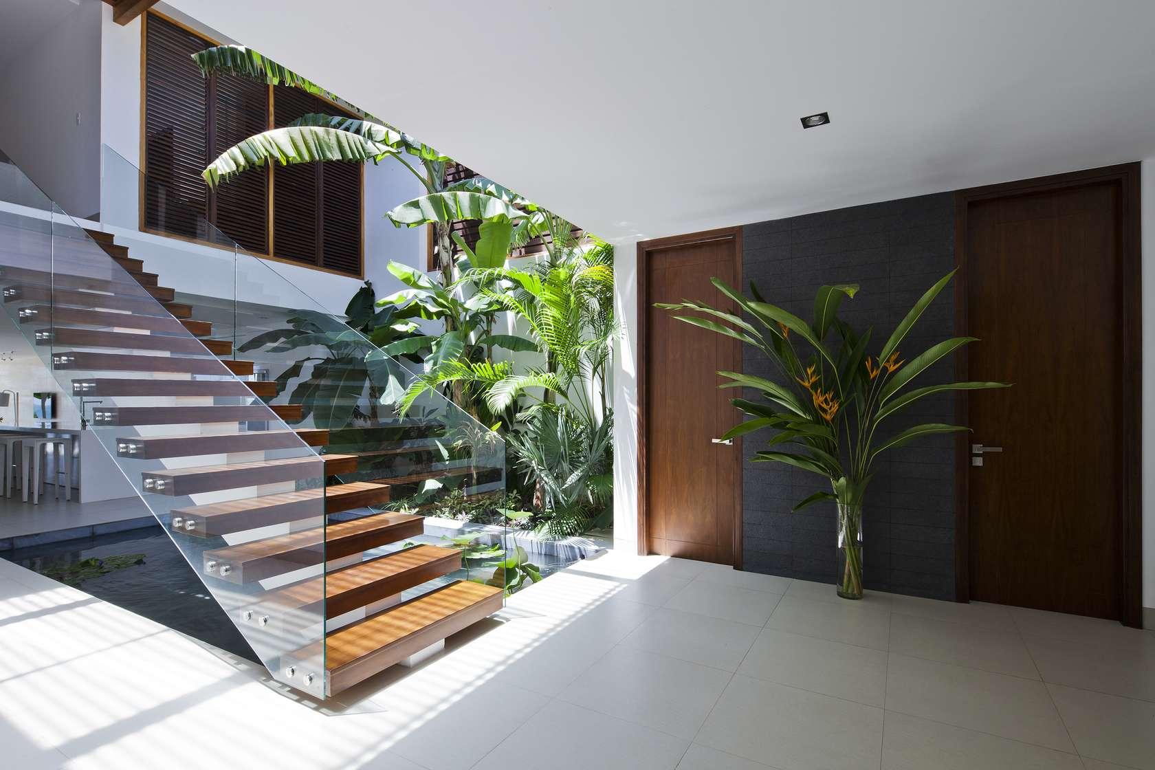 Home Interior Entrance Design Ideas: Private-entrance-design