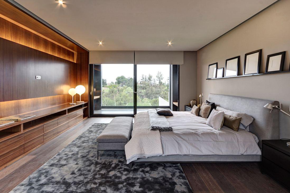 Large Modern Bedroom Design