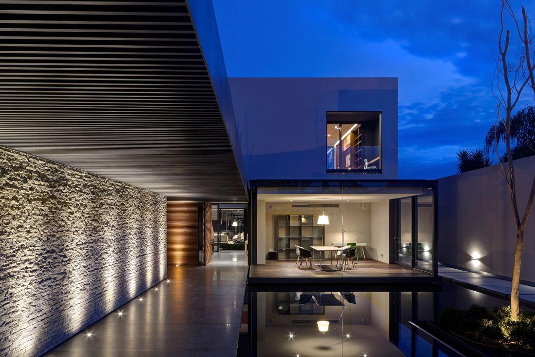 reflecting-pool | Interior Design Ideas.
