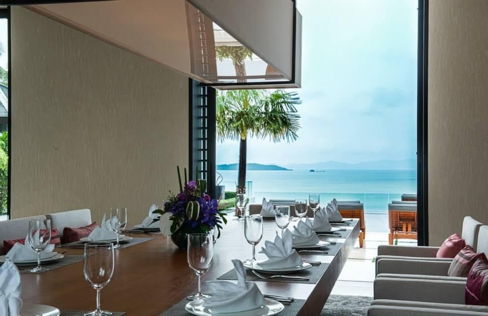 Beach View Dining Room Interior Design Ideas