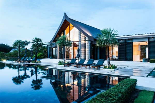 Thai style villa sarawin with sweeping bay views for Tropical hotel decor