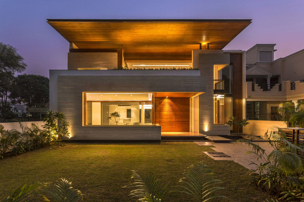 A sleek modern home with indian sensibilities and an - Front view of home design in india ...