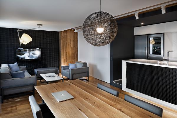 Unglaubliche Vertikale Grünanlage-Wände Einfahren dasjenige Pulsierende Leben einer Modernen Wohnung Platz im Innern