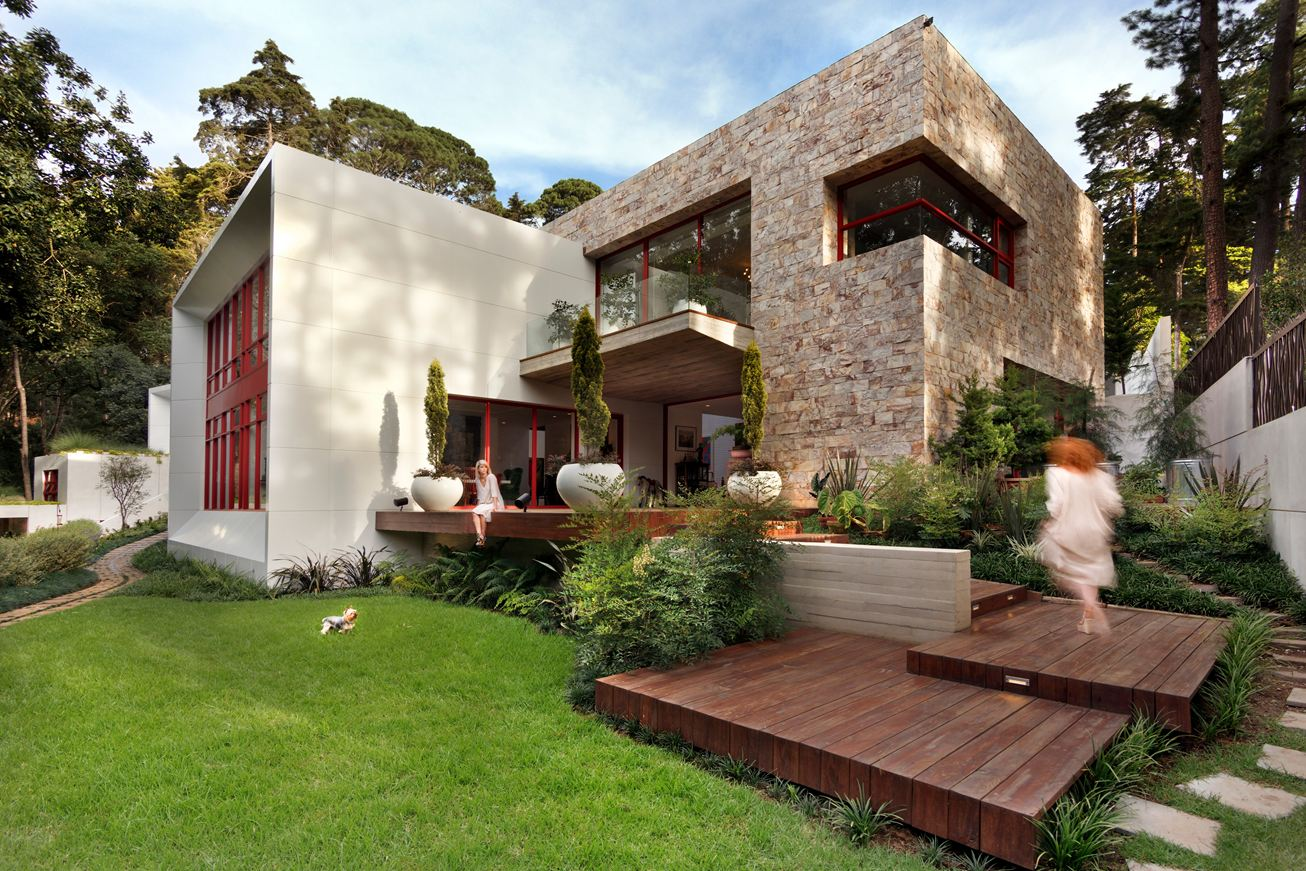 Designing House A Warm Stone Exterior Houses An Intimate Residence