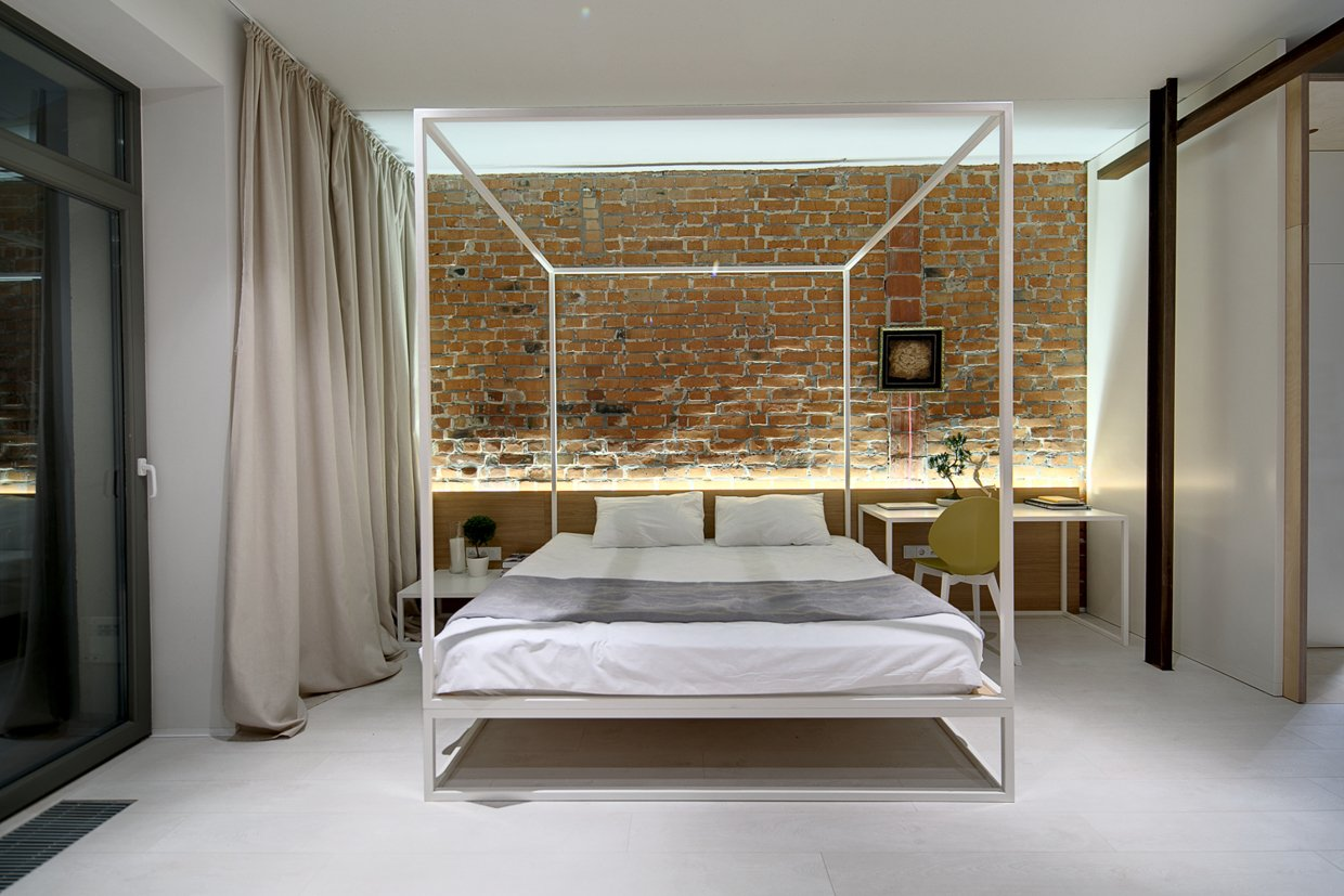 - Modern-canopy-bed-frame Interior Design Ideas.
