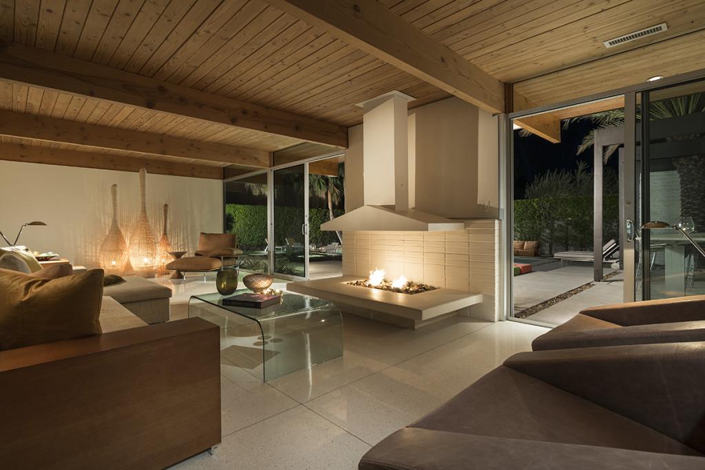 Image of: Exposed Wood Ceiling Beamsinterior Design Ideas