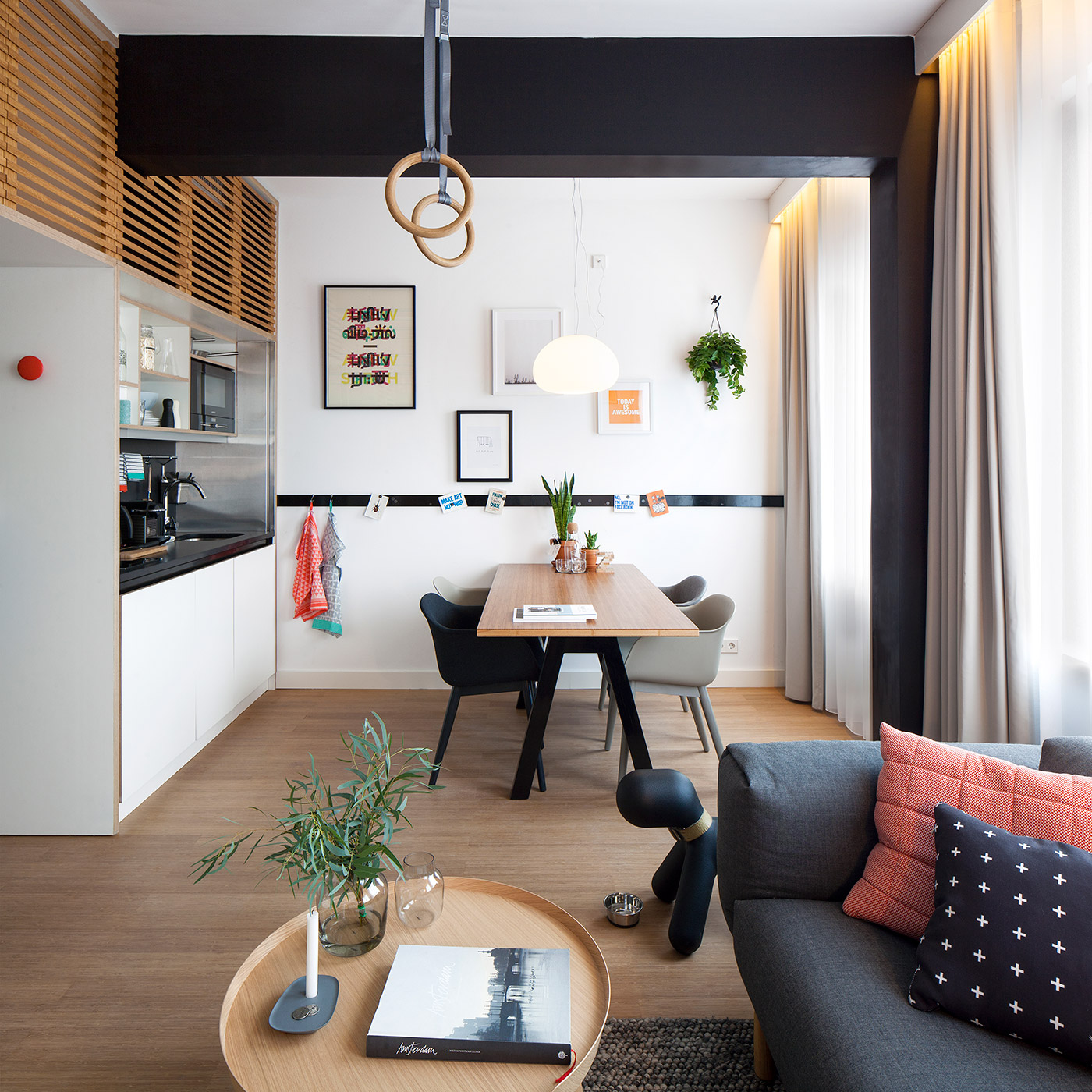 4 awesome small studio apartments with lofted beds. Black Bedroom Furniture Sets. Home Design Ideas