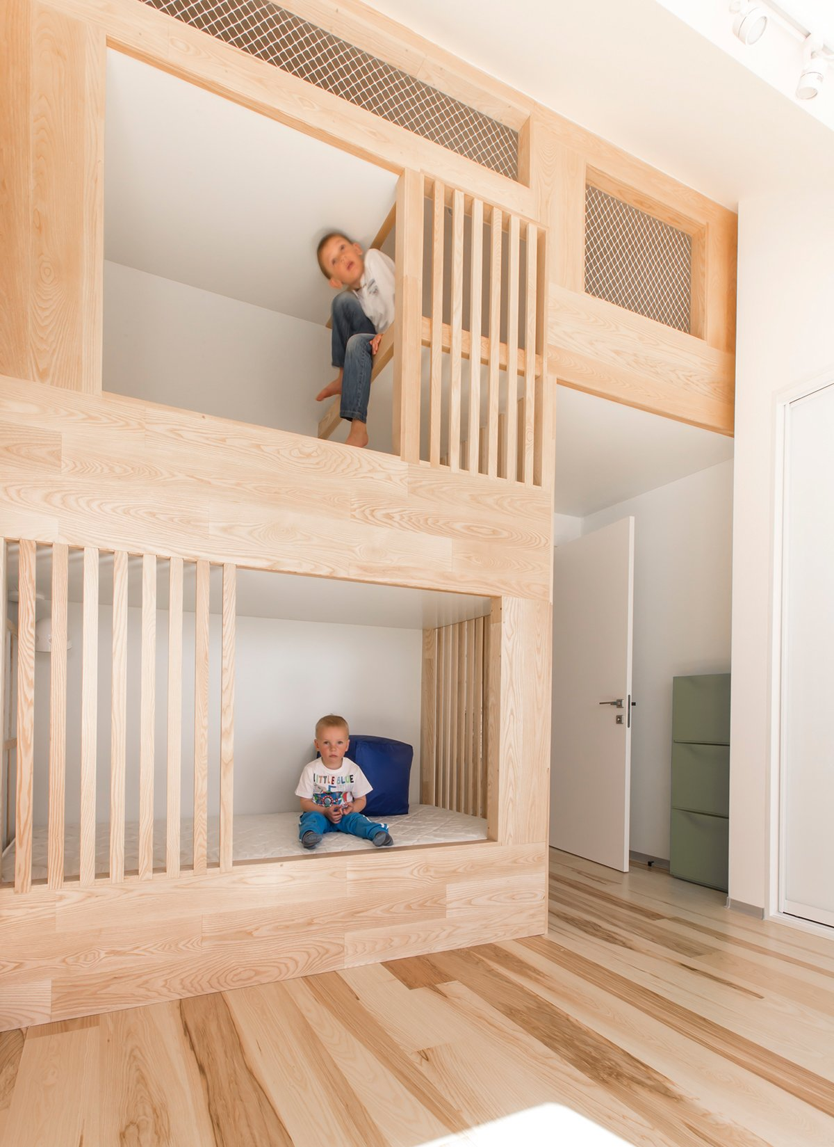 A Kid Friendly Apartment Renovation By Ruetemple Architects