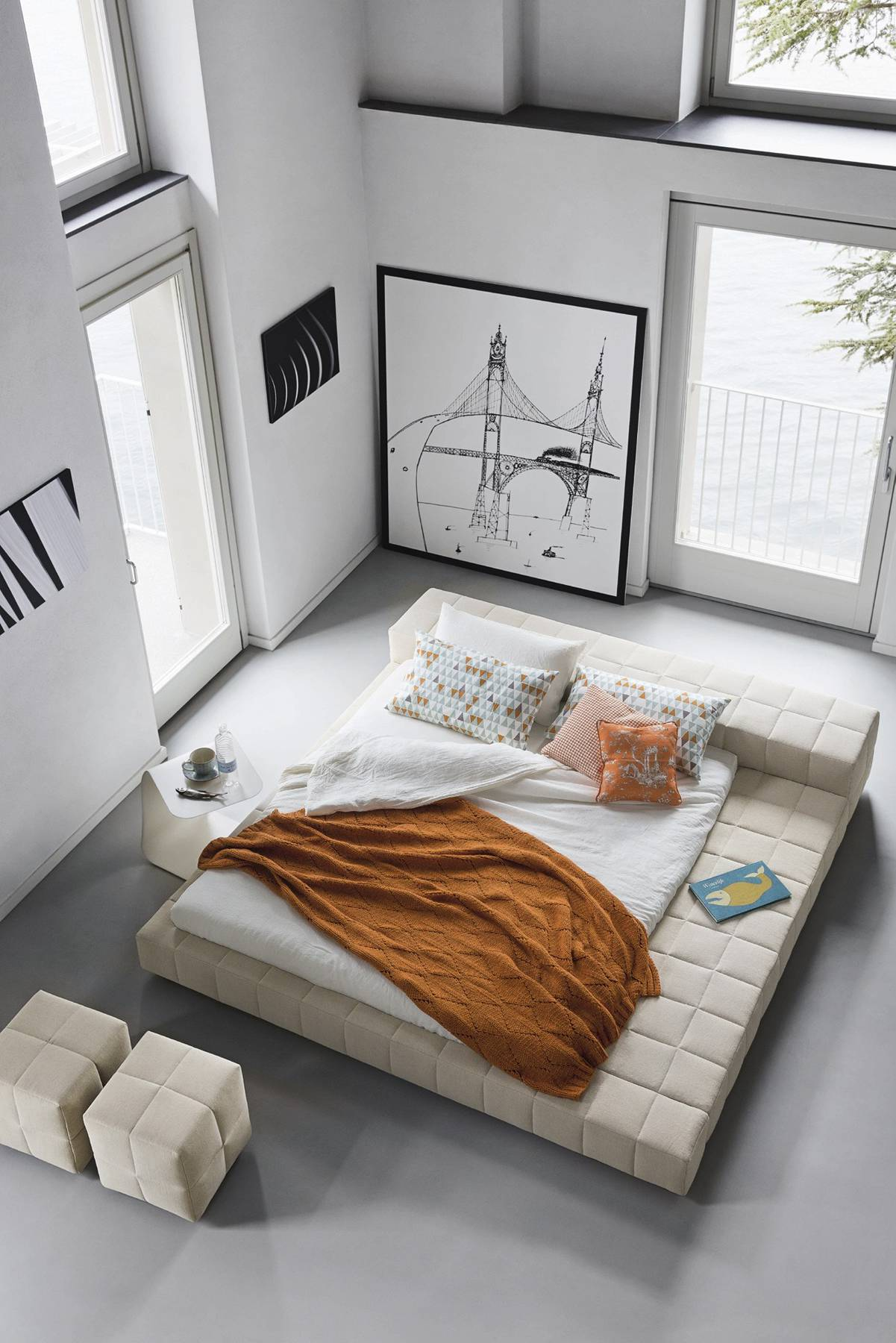 40 serenely minimalist bedrooms to help you embrace simple - Bedroom with mattress on the floor ...