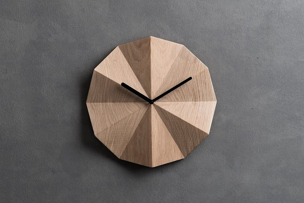 b6a8e3ace 34 Wooden Wall Clocks To Warm Up Your Interior