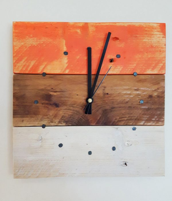 Inject Warmth Into Your Home With Reclaimed Wood Wall: 34 Wooden Wall Clocks To Warm Up Your Interior