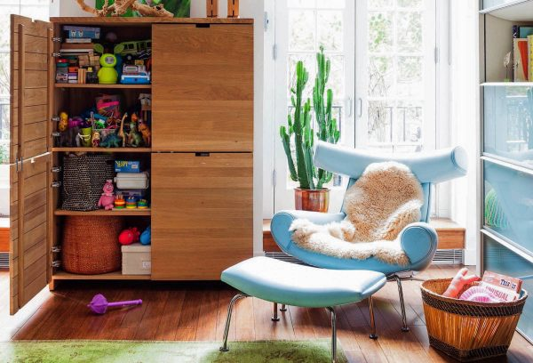 32 Comfortable Reading Chairs To Help You Get Lost In Your