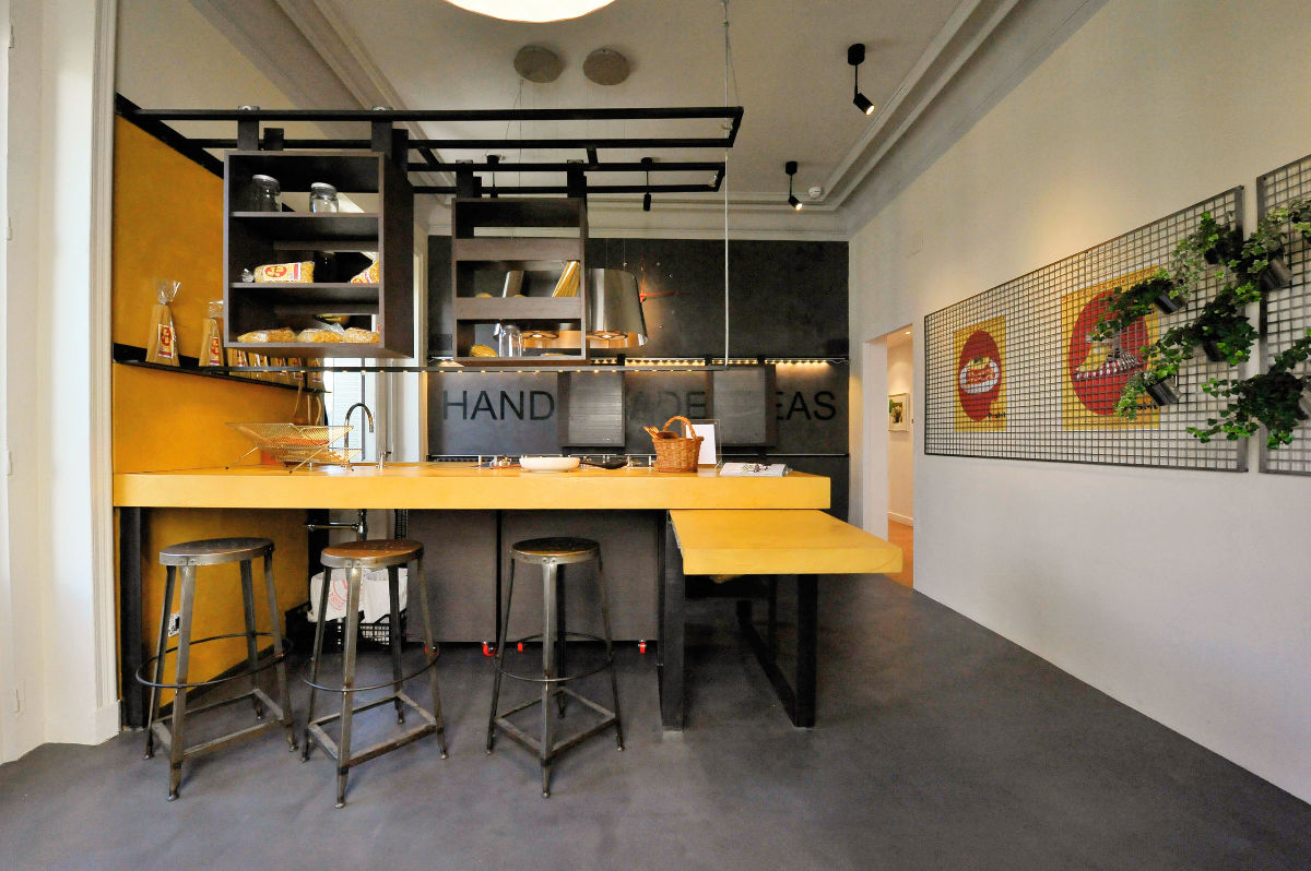 10 Industrial Style Kitchens That Will Make You Fall In Love