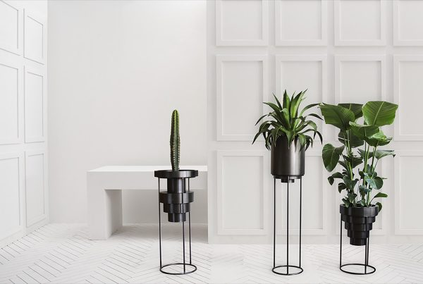 9 Unique, Decorative Plant Stands For Indoor & Outdoor Use