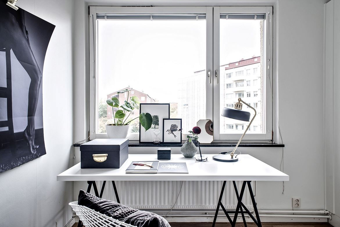 3 Homes That Play With The Contrast Of Black And White